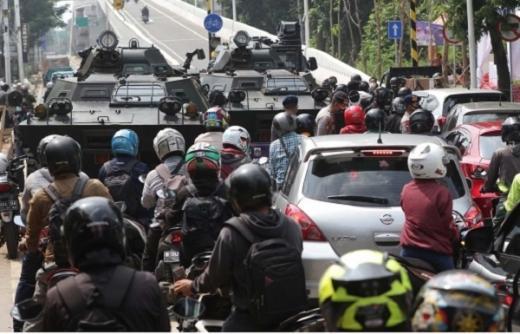 2 Pekan PPKM Darurat Tanpa Keadilan Hukum Karantina Wilayah