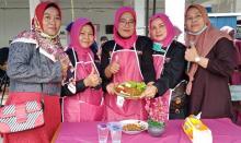Forum Pekanbaru Kota Bertuah Ikut Ramaikan Bazar UMKM Forkindo Provinsi Riau
