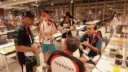 Timnas Bulutangkis Indonesia Disambut Rosan P Roeslani di Desa Atlet