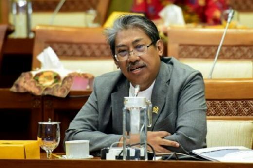 PKS Minta Pemerintah Tindak Tegas Penimbun Tabung Gas Oksigen