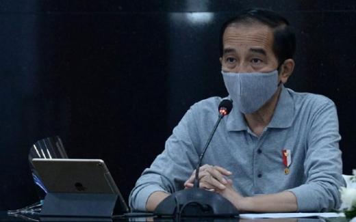 Jokowi Janji Bakal Transfer Rp2,4 Juta ke Pelaku UMKM Mulai Pekan Depan