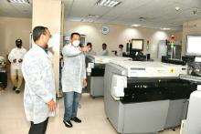 Pemerintah Harus Tetapkan Standar Harga Test PCR dan Regulasi Vaksin Mandiri