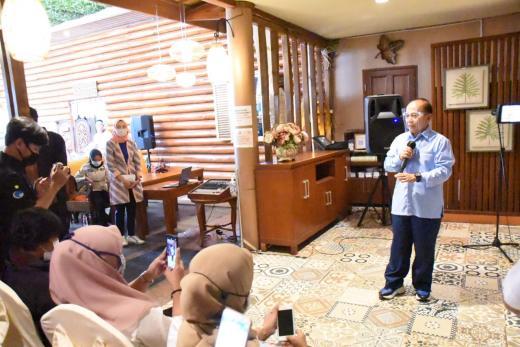 Wakil Ketua MPR: Kegiatan Ekonomi Harus Tetap Berjalan dengan Prokes
