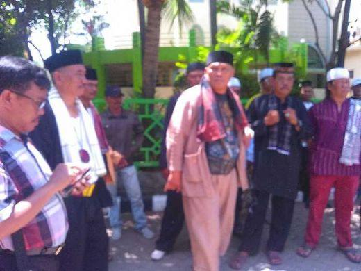 Ini Alasan Kenapa Jawara Bekasi Tantang Duel GMBI, Damin Sada: Ketuanya Sekalian Lawan Gua!