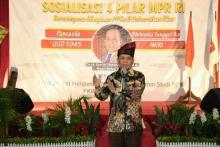 Jumlah Pasien Positif Kian Tinggi, Wakil Ketua MPR Minta Pemerintah Fokus Tangani Covid-19