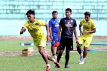 Latihan Mandiri Pemain Arema FC Terus Dipantau Eduardo