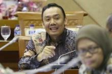Vaksinasi: Legilator PPP Berharap TNI-Polri Persuasif