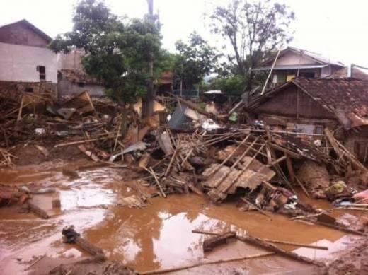 Ade Komarudin: Saya Turut Belasungkawa Atas Kejadian Banjir dan Longsor di Garut Serta Sumedang