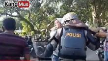 Berikut Kronologi Perwira Brimob Smack Down Anggota Dalmas Polri saat Amankan Demo di Jambi