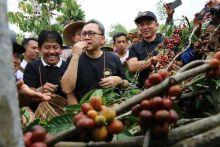 Hadiri Festival Kopi Lampung Barat, Ketua MPR Minta Pemerintah Fasilitasi Petani Kopi