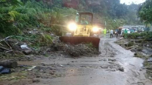 Diguyur Hujan Deras, Manado Kembali Banjir dan Longsor