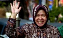 Risma Jadi Melawan Ahok di Pilkada DKI, Serius Nih Besok Bakal Deklarasi Lho