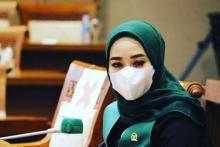 Ratna Juwita: Jangan Biarkan Pedagang Ambil Panggung para Ilmuwan!