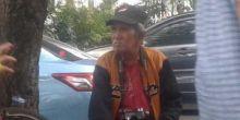 Kisah Kakek Nasrul yang Bertahan Hidup dengan Memotret di Ibu Kota Meski Usianya Sudah 76 Tahun