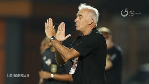Borneo FC Coba Pertahankan Gomez