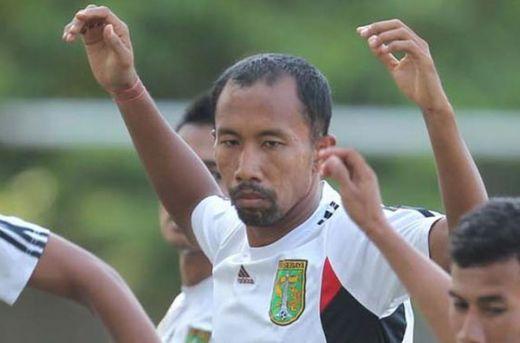 Uston Nawawi: PSPS Riau Adalah Pembuat Sejarah Kesejahteraan Pemain Bola Indonesia
