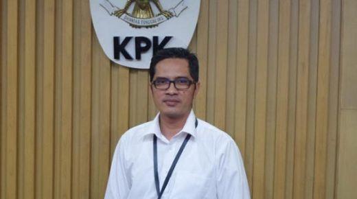 Belum Jelas Kasusnya, KPK Tiba-tiba Geledah Rumah Bupati Solok Selatan Sumatra Barat