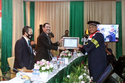 Raih Gelar Doktor dari IPDN, Gus Jazil: Bekal Menjalankan Tugas sebagai Wakil Ketua MPR