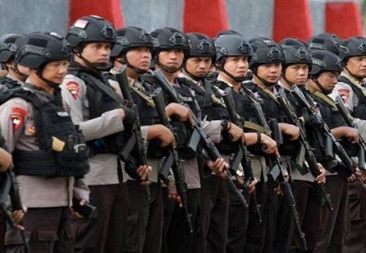Buruh Kembali Demo Hari Ini, 5.800 Personel TNI-Polri Disiagakan di Gedung DPR