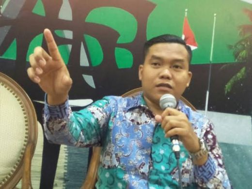Wakil Walikota Aktif Masuk DCT, Pengamat: KPU Kecolongan, Harus Dibatalkan