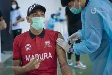 RD Tak Khawatir Pemain Madura United FC Divaksin