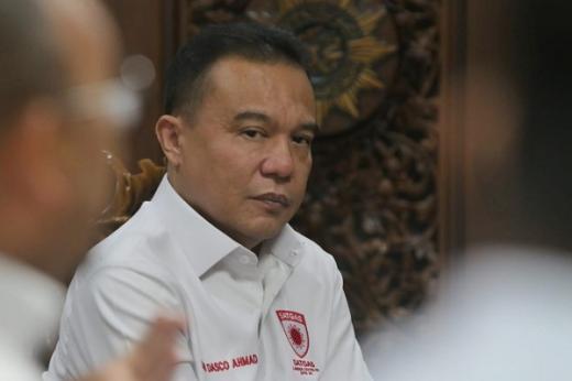 Pimpinan DPR ke Rakyat: Jangan Demo saat PPKM Level 4 dan Tak Boleh Kibarkan Bendera Putih