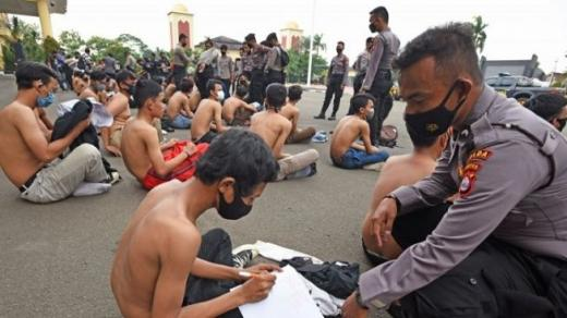 Diduga Hasut Anak STM Demo Rusuh, 5 Admin Akun Medsos Dicokok Polda Metro