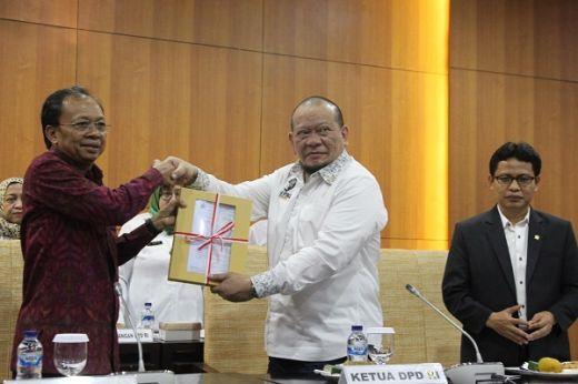 DPD RI Terima Dokumen RUU Provinsi Bali