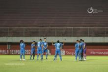 Menentang Rasisme dan Taat Prokes Itu Gambaran Selebrasi Persib Bandung