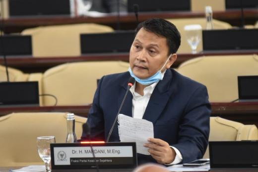 Mudik VS Pulkam Bisa Jadi Pengalihan Isu, Mardani: Fokus Awasi Dana Covid-19 Rp405 Triliun