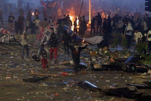 Adian Napitupulu Ragukan Keberanian Polisi Ungkap Dalang Kerusuhan 22 Mei