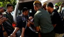 Ikut Open House di Rumah JK, Warga Makassar Berdesakan dan Ada yang Pingsan