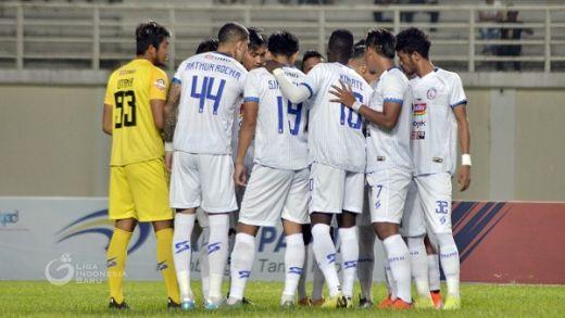 Jamu Semen Padang, Arema Kehilangan Delapan Pemain