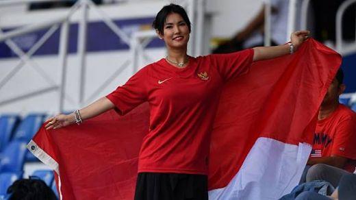 Maria Ozawa Dukung Timnas di SEA Games, Warganet: Miyabi In, Agnes Out!