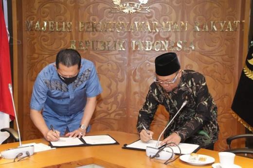 MPR RI Jalin MoU Sosialisasi Empat Pilar dengan Universitas Terbuka