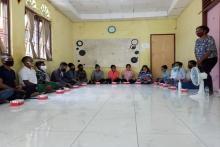 Ke Mahasiswa Papua di Padang, Dirjen Otda Kemendagri dan Stafsus Presiden Perkenalkan Para-Para Papua