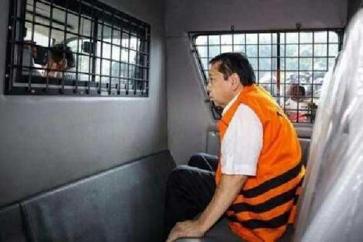 Setnov Dituntut 16 Tahun Bui, Cabut Hak Politik, dan Uang Rp 96 M