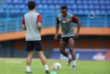 Guy Junior Bosan Tanpa Aktivitas Lapangan