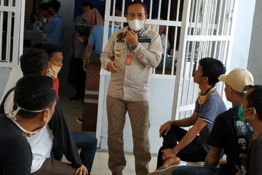 Sukseskan Pilkada Bandar Lampung, Dukcapil Cetak Langsung KTP-el Napi di Lapas
