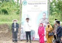 Gus Jazil Dorong Kemandirian Santri lewat Pertanian Porang