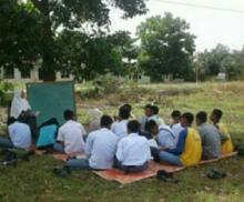 Siswanya Belajar di Bawah Pohon, DPRD Desak Pemprov Riau Segera Bangun Gedung SMKN 1 Bonai Darussalam