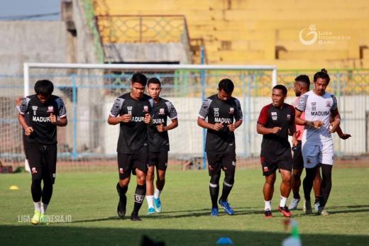 Jadwal Ditunda, Madura United FC Tak Hentikan Latihan