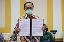 Dukcapil Tandatangani Kerjasama dengan 10 Lembaga, 9 terkait Vaksinasi