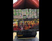 Ringankan Beban Korban Gempa, Fahri Hamzah Antar Bantuan dari DPR ke Lombok