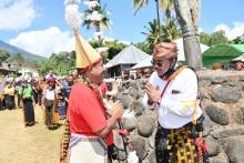 Saksikan Upacara Adat Tege Anadeo, Gus Jazil: Kemajuan Bangsa Bisa Dimulai dari Timur