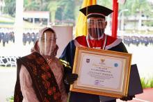 Gus Jazil jadi Wisudawan Terbaik Doktoral IPDN 2021