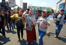 6 Bulan Tak Manggung Gegara Corona, Ratusan Biduan Dangdut Demo